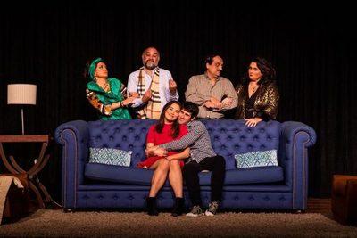 """Presentan nueva comedia teatral """"A la luz"""""""
