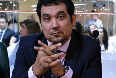 Arévalo aclara que remoción de Benigno López no es pedido de Colorado Añetete