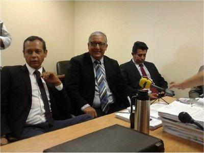 Juez suspende audiencia de Roberto Osorio y su esposa