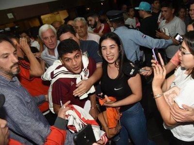 River llega a Asunción para la vuelta contra Cerro Porteño