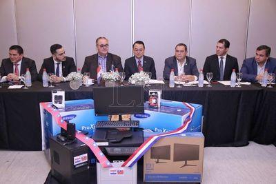 Fortalecerán agencias regionales de repatriados en todo el país