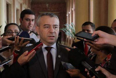 """Daniel Centurión: """"Estoy analizando volver a la Junta y ser el voto que falta"""""""