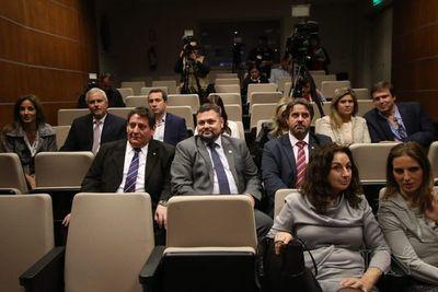 Inicia audiencia en Uruguay que decidirá futuro de Arrom-Martí-Colmán