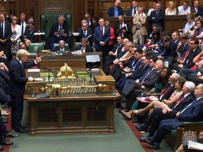 Cierre del Parlamento sumerge al Reino Unido en una grave crisis