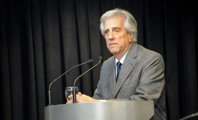 Vázquez dice que gobernará «hasta el último minuto» del mandato pese a cáncer