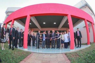 Mandatario paraguayo destaca millonaria inversión en obras en IPS