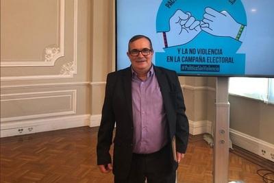Exguerrillero rechaza la lucha armada y defiende el acuerdo de paz en Colombia