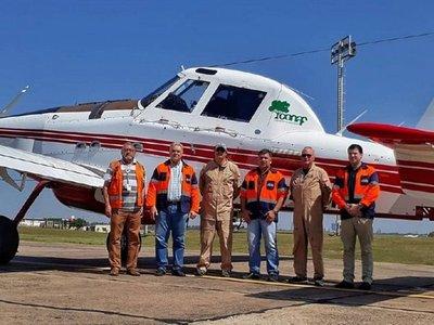 Hidroavión    chileno ya combatió   ayer los incendios forestales  en el Chaco
