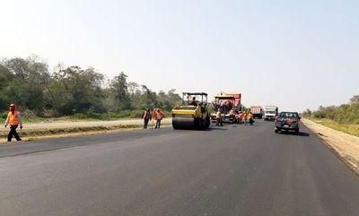Primeros 10 km de asfalto en Bioceánica