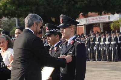Jefe de Estado encabezó acto por el Día del Agente de Policía