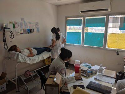 Clínicas: Ofrecen consultorio para pacientes con afecciones del pie