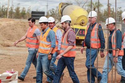 Presidente verificó obras viales que potenciarán la conectividad en Caaguazú