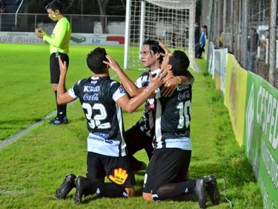 Así Santaní le ganó 3-1 a Nacional en la fecha 8 del Clausura