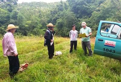 ANDE realiza extensión de red eléctrica en Guairá •