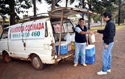 La innovación en la venta de mandioca como desafío a la crisis