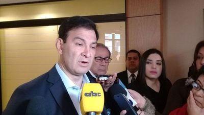 """ANR: Silvio Ovelar declinaría de candidatura si proponen a """"Calé"""" Galaverna"""