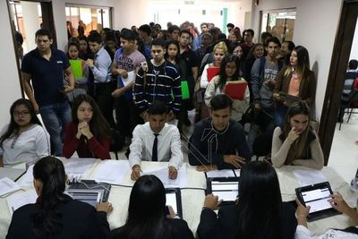 Feria de empleos ofrece 200 vacancias para Central