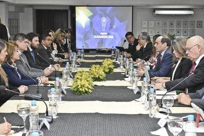 Autoridades coordinan operativo de seguridad para final de la Copa Sudamericana