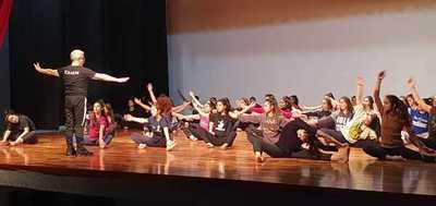 """El Ballet Nacional ensaya para el estreno de """"Bienvenidos al Jardín del Pantanal"""""""