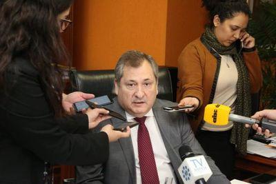 """Titular de la CSJ defiende aumentos y considera que son """"insuficientes"""""""
