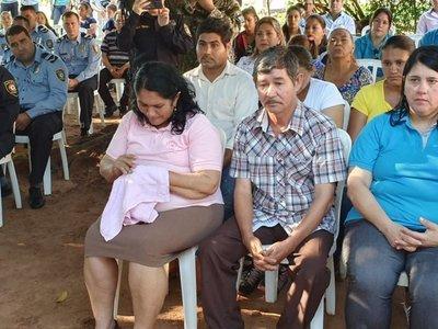 Padres de Edelio se reúnen con Mario Abdo en Palacio de López
