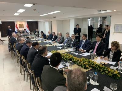 """""""Comisión de notables"""" para renegociar Anexo C de Itaipú: Hay mucha gente, pero no quienes deberían estar, según Balmelli"""