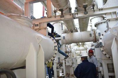 Se intensifican los trabajos de adecuación de barras 500 Kv en Yacyretá