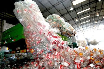 Cerca de 100.000 paraguayos viven del reciclaje