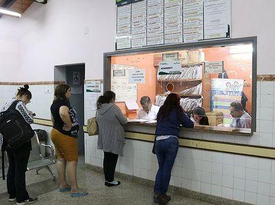 Más de 100 personas atendidas en consultorio nocturno de Calle'i