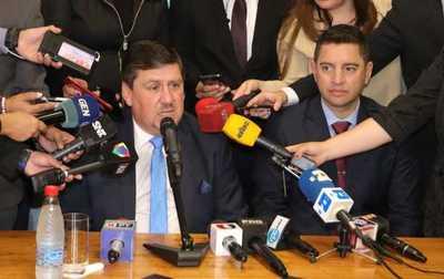Presidentes acuerdan trabajar un PGN acorde a la situación económica del país