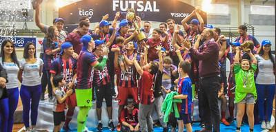 Cerro pentacampeón del Futsal