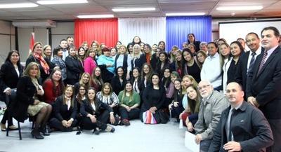 Una vida libre de violencia y el empoderamiento económico, político y social, ejes de trabajo del Ministerio de la Mujer