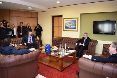 """Abdo participó de la cumbre solo """"para la foto"""", dice Sergio Godoy"""