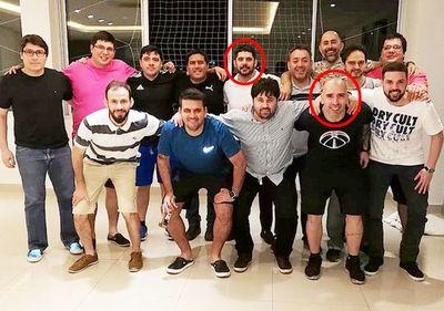 """Nenecho contrató a sus  compañeros del """"exa"""" en la Junta Municipal"""