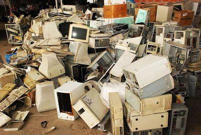 Cantidad de residuos electrónicos en aumento
