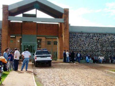 Integrantes del PCC toma el control en cárcel de Itapúa