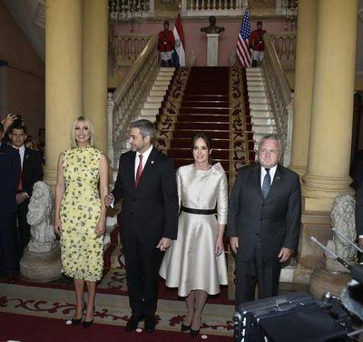 Ivanka Trump ya está reunida con el presidente Mario Abdo Benítez