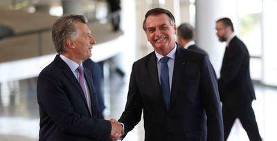 Argentina y Brasil vuelven a aplazar el libre comercio para automóviles