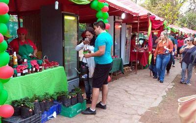 Expo Frutilla en Areguá