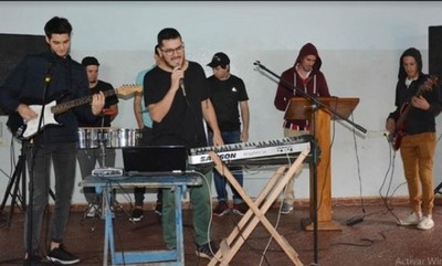 Cumbieros de Tacumbú grabarán disco