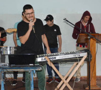 Grupo de cumbia de Tacumbú grabará un disco