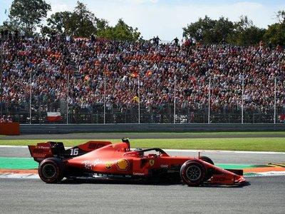Leclerc logra la 'pole' en Monza en un esperpéntico final