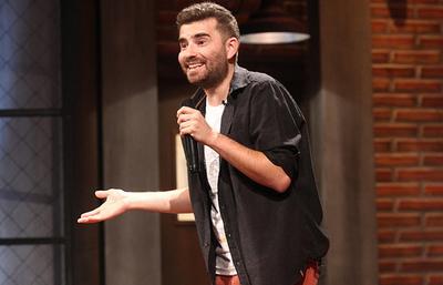 El comediante Fernando Sanjiao llega para impartir técnicas humorísticas