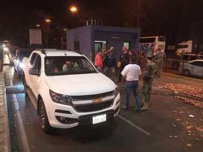"Paseros anuncian manifestación contra ""represión"" de Aduanas"