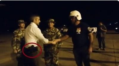 """Abdo: """"Yo soy comandante en jefe, puedo usar armas"""""""