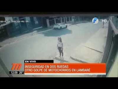 """Otro golpe de """"motochorros"""" en Lambaré"""
