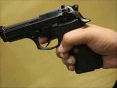 Papá celoso casi mata de un tiro a niño de 12
