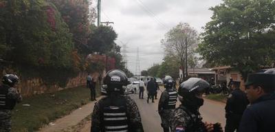 Familiares de comisario fallecido piden renuncia del comandante Walter Vázquez