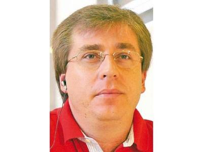 Goli Stroessner arremete contra Gobierno de Marito