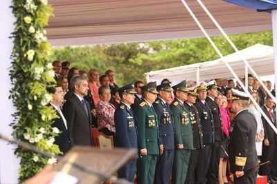 Mandatario encabezó festejos por Día de la Armada Paraguaya
